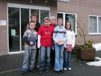 Die Klassensieger der Sechser mit Frau Zimmermann und Frau Heßler