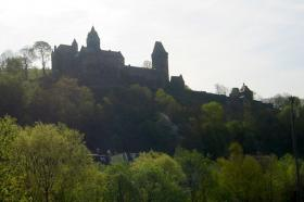 Die Burg auf ihrem Berg.