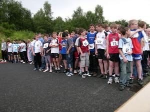 Das Starterfeld des KAS Lauf 2007