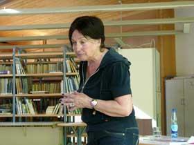 Margret Steenfatt beantwortet Fragen