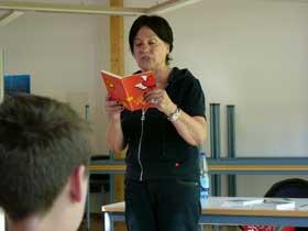 Margret Steenfatt und das Buch Lila Liebe