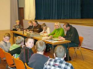 Die Jury und eine Vorleserin